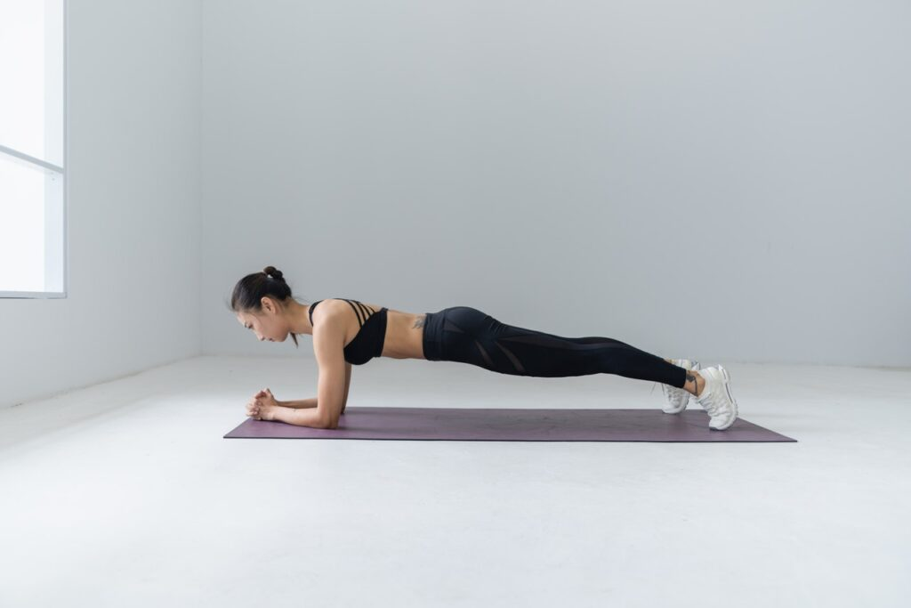 Plank-yoga-for-weight-lose