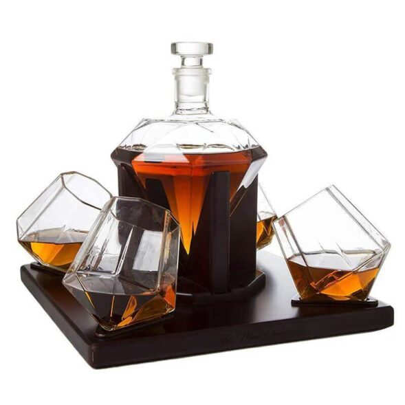 a-diamond-decanter-valentine-day-gifts